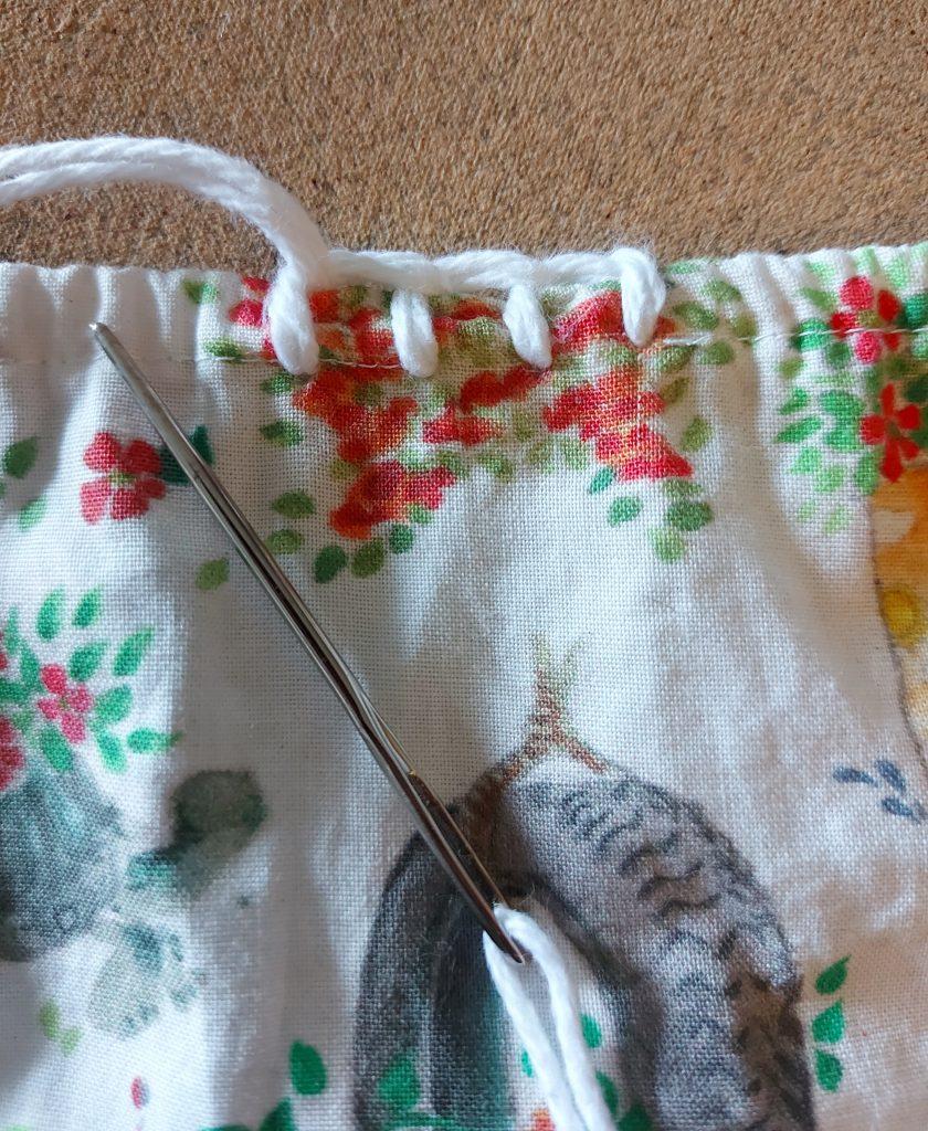 blanket stitch onto fabric